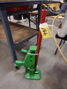 DUFF NORTON 1020 - 10 TON RAILROAD JACK