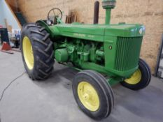 JOHN DEERE 'R' DIESEL TRACTOR - VINTAGE- RUNS VERY WELL, EVERYTHING WORKING, S/N - PLATE NOT