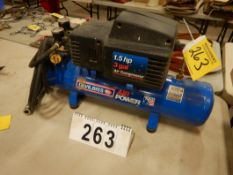 DEVILBISS AIR POWER 1.5HP 3 GAL AIR COMPRESSOR