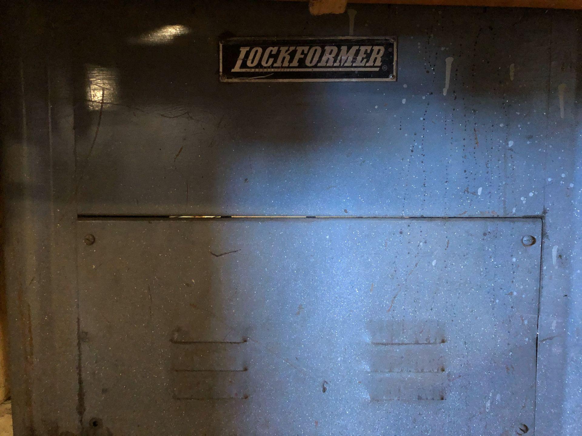 Lot 234 - Lockformer Machine