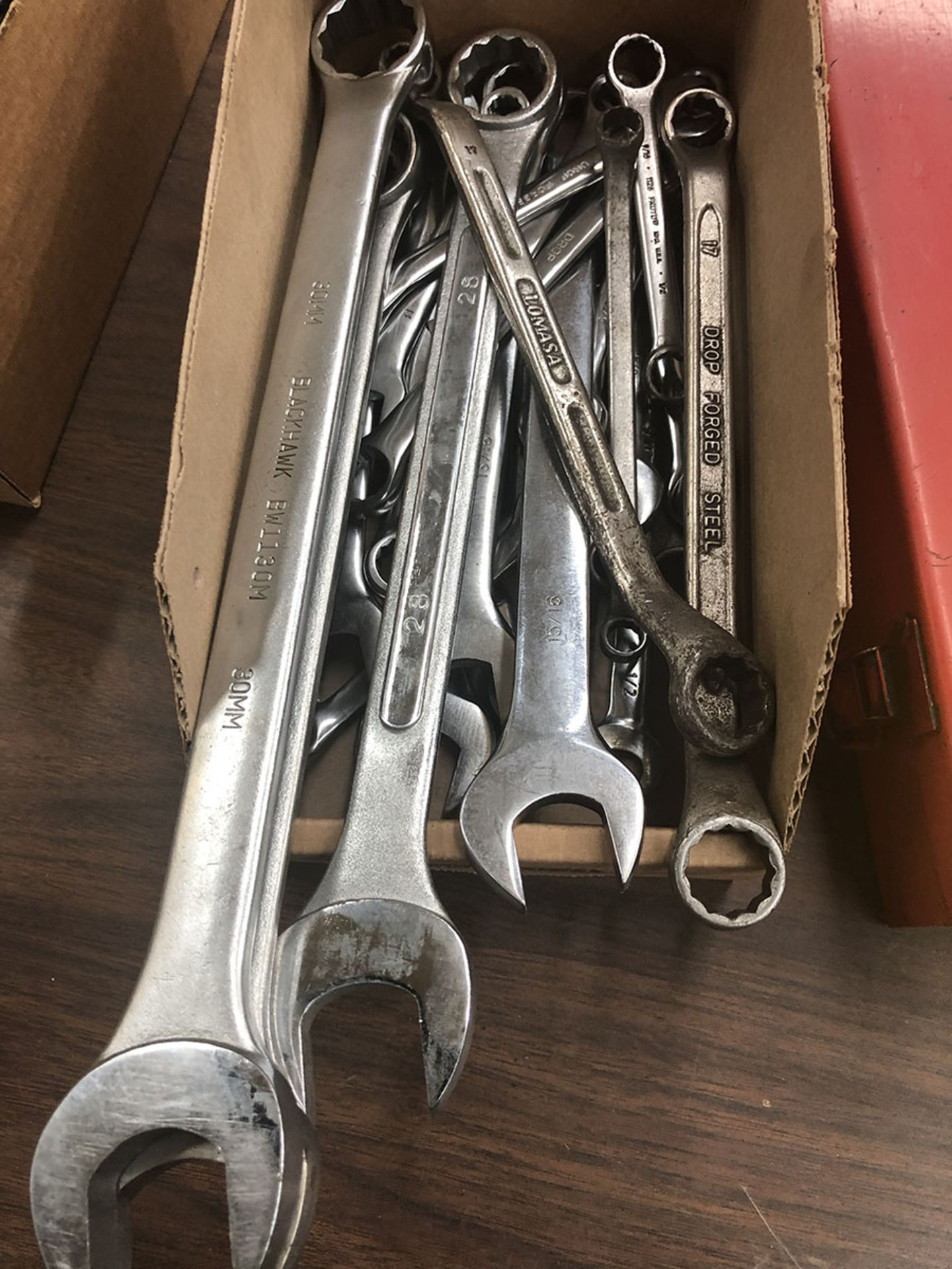 Lot 14 - LOT OF ASSORTED WRENCHES