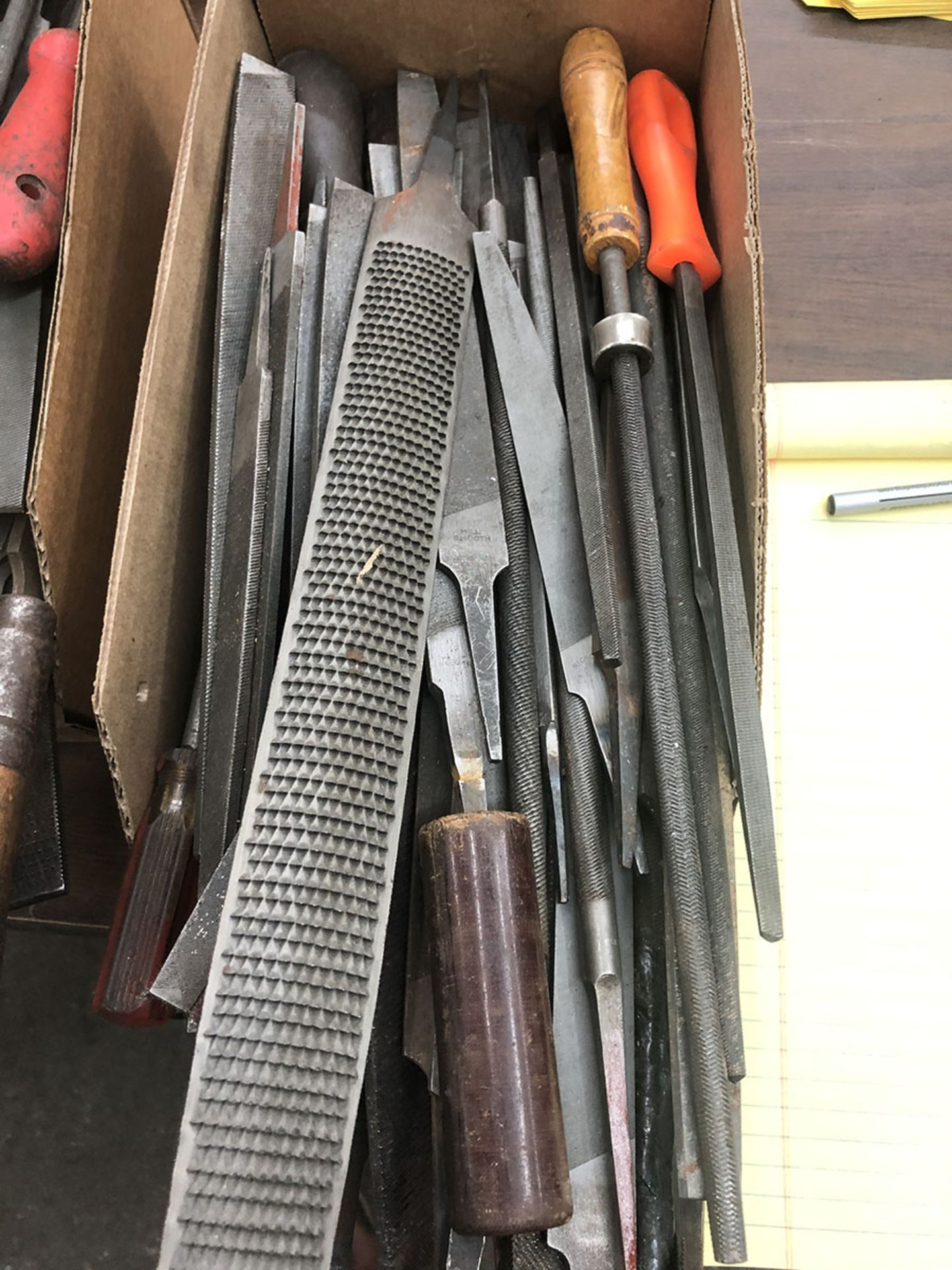 Lot 23 - LOT OF ASSORTED FILES