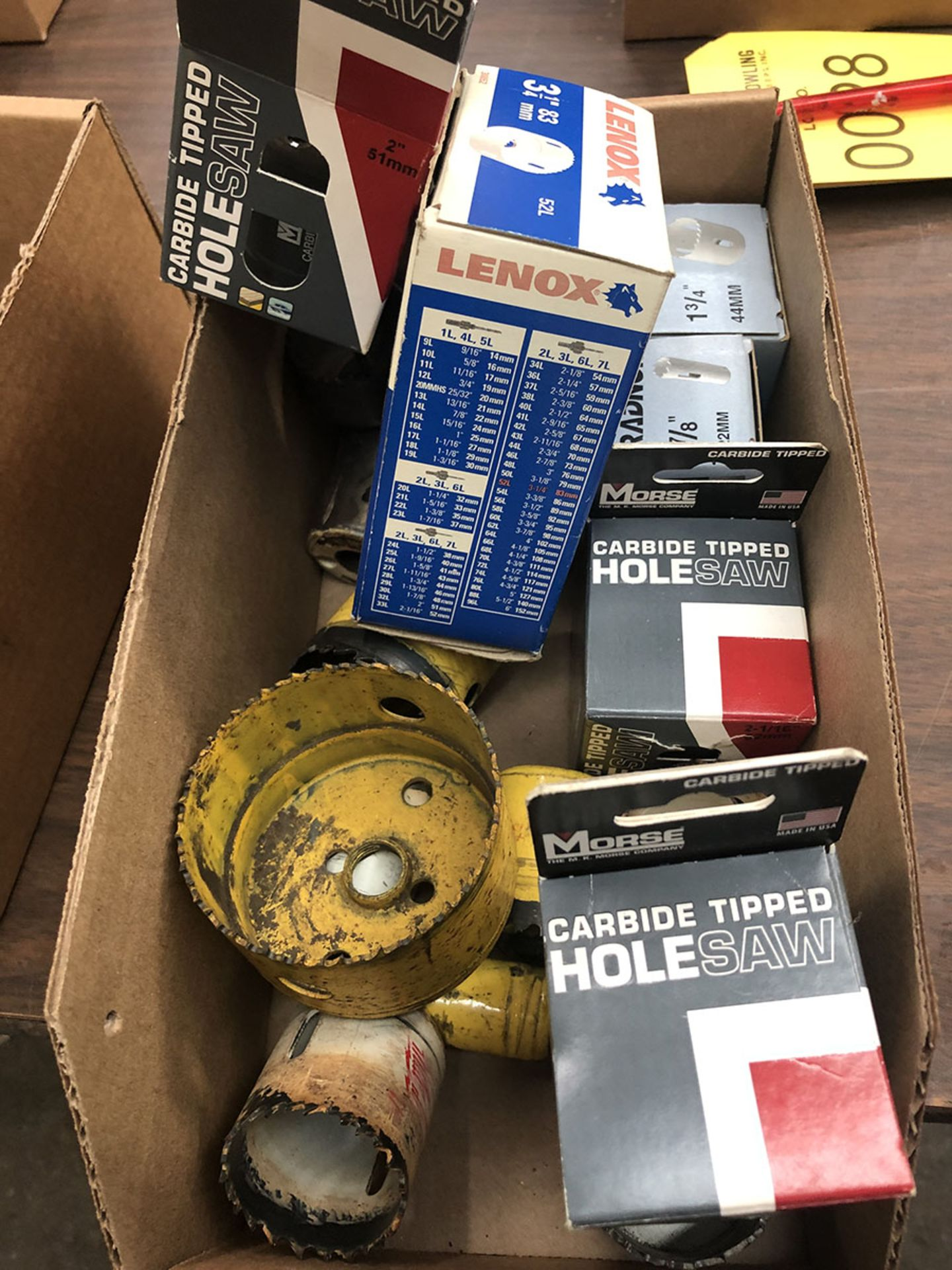 Lot 27 - LOT OF ASSORTED HOLE SAW