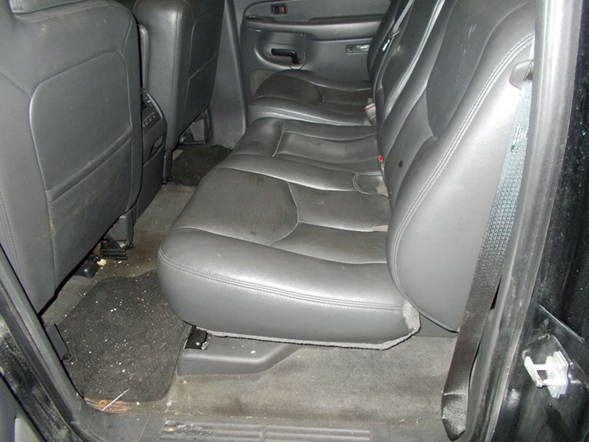 Lot 798 - 2005 GMC MODEL Z71 OFF ROAD 4-WHEEL DRIVE TRUCK; CREW CAB, SLT, 195,679 MILES, 6' BED, VIN