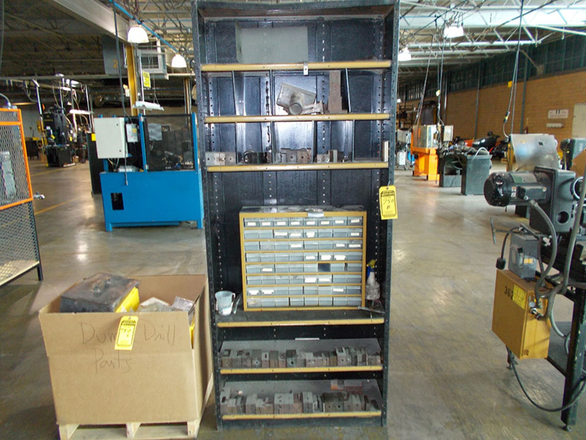 Lot 750B - SHELVES WITH AUTOMATIC DRILL TOOLING