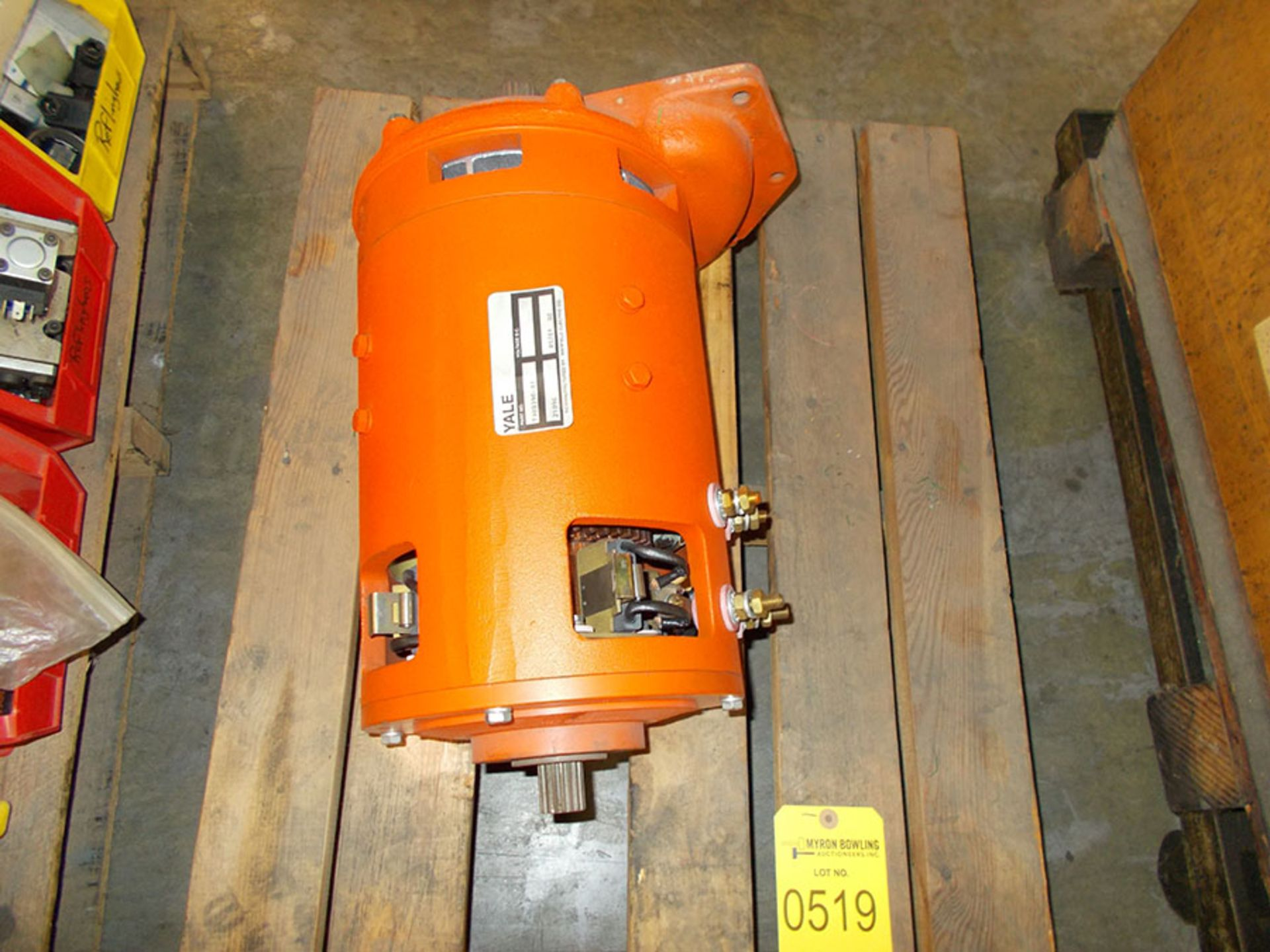 Lot 519 - YALE DC MOTOR; PART# 7300390-01