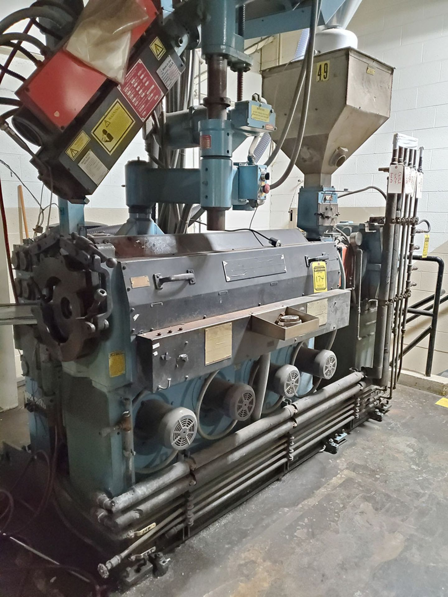 "Lot 174 - DAVIS STANDARD 2-1/2"" THERMATIC PLASTIC EXTRUDER, MODEL: 25IN25, SN:1-9722, HP CAP: 104, KW CAP: 78"