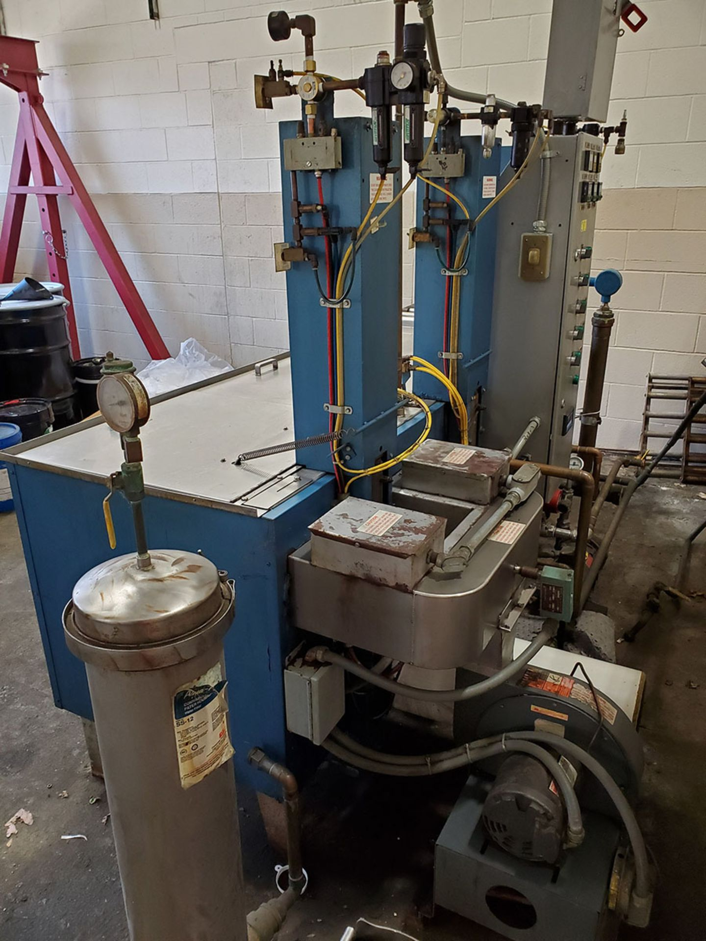 Lot 193 - RAMCO PARTS WASHER WITH WASH TANKS, RINSE TANK, AND DRYER