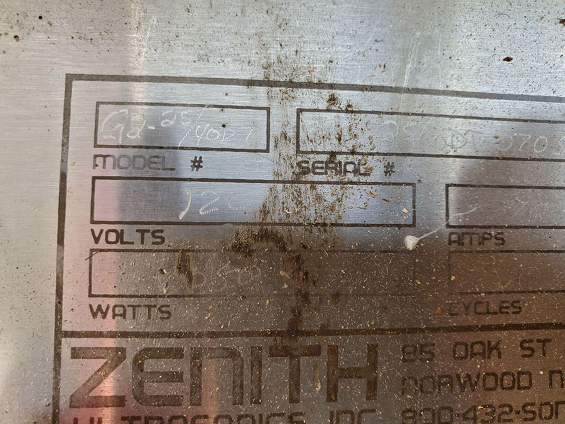 Lot 195 - ZENITH ULTRASONIC WASHER; MODEL 2540DT