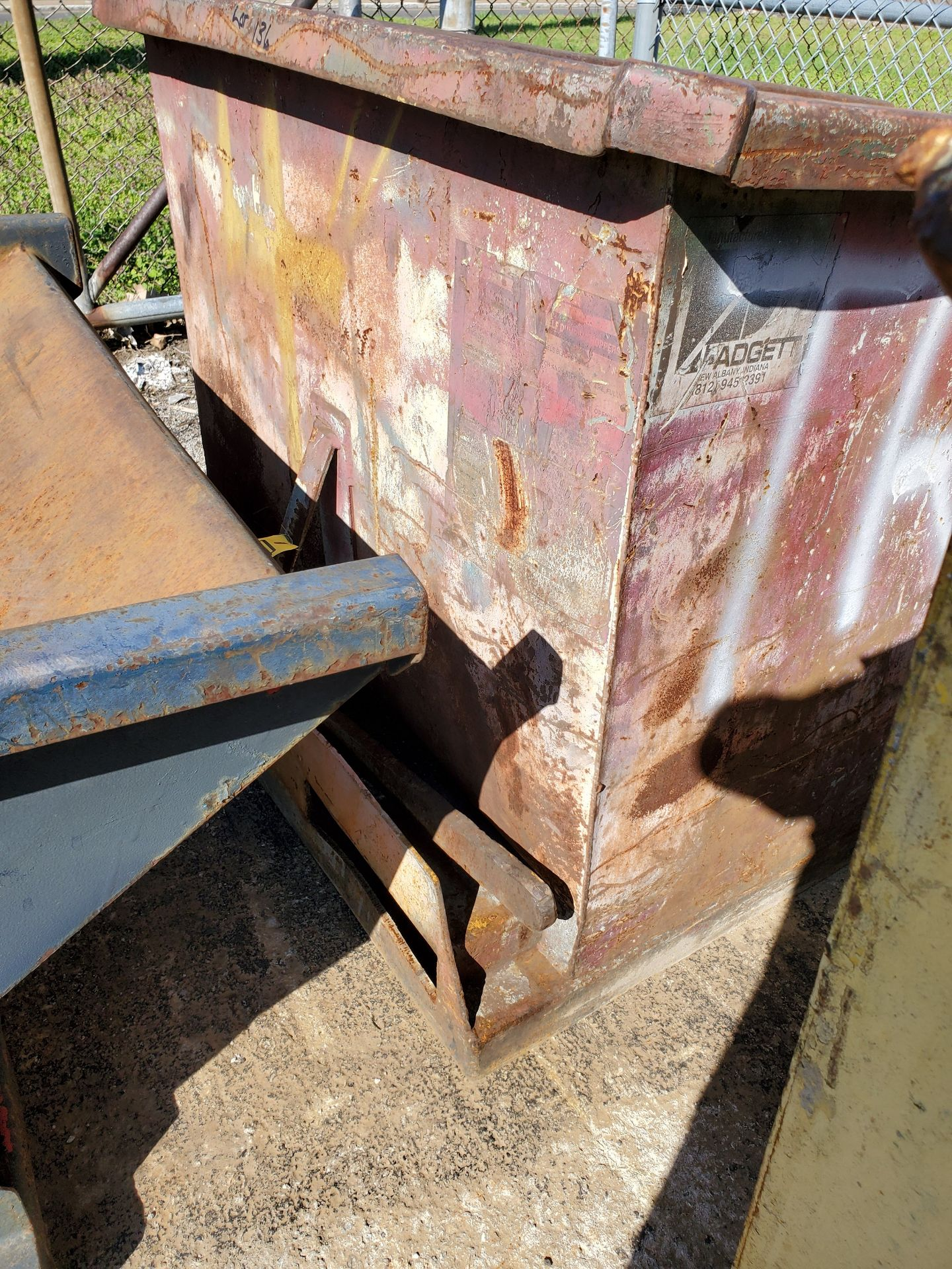 Lot 136 - 1 CU. YD. SELF-DUMPING HOPPER