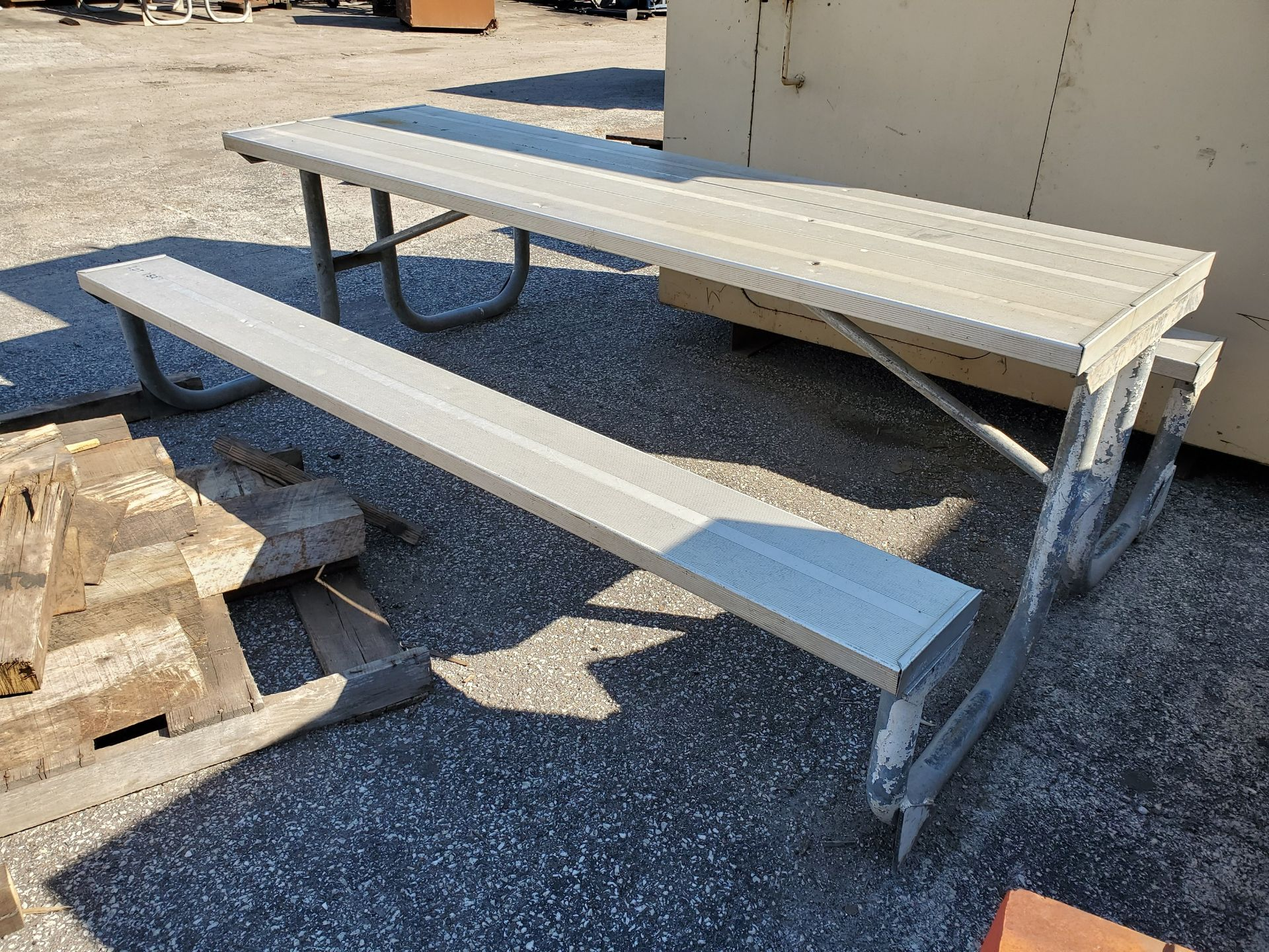 Lot 152 - 8' ALUMINUM PICNIC TABLE