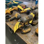 DEWALT 3/8'' DRIVE CORDLESS IMPACT WITH CHARGER