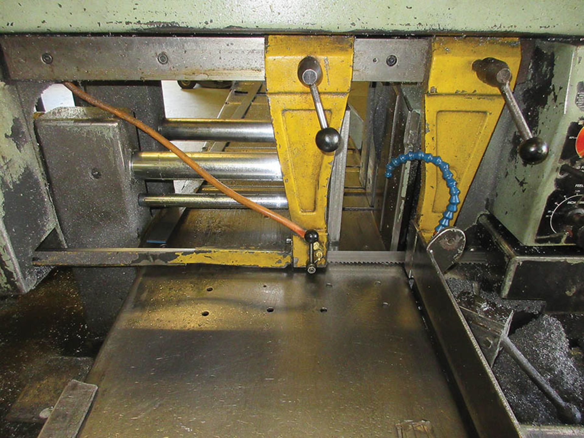 Lot 16 - HYD-MECH S-20A AUTOMATIC HORIZONTAL BAND SAW, S/N 80100800, APPROX. 20'' X 112'' FEED TABLE & 19'' X