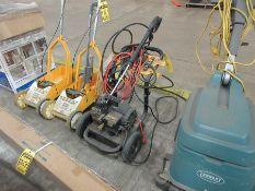 DEWALT 2 GPM ELECTRIC PRESSURE WASHER, MODEL: DXPW1200E, S/N 06156970