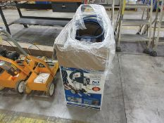 GRACO MAGNUM PRO X9 AIRLESS PAINT SPRAYER, .38 GPM, 3000 PSI, 7/8 HP DC MOTOR