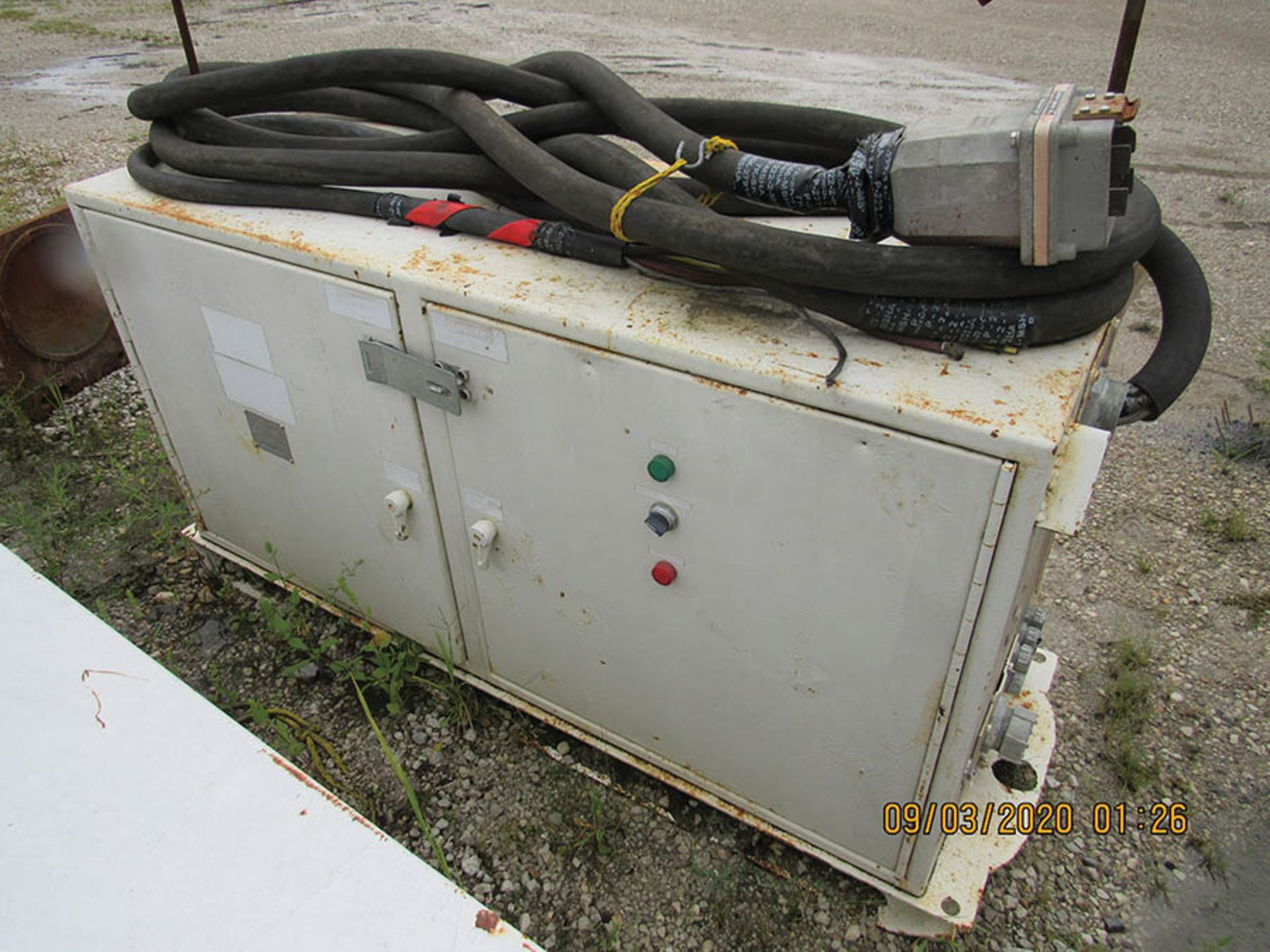 Lot 633 - (4) POWER CENTERS