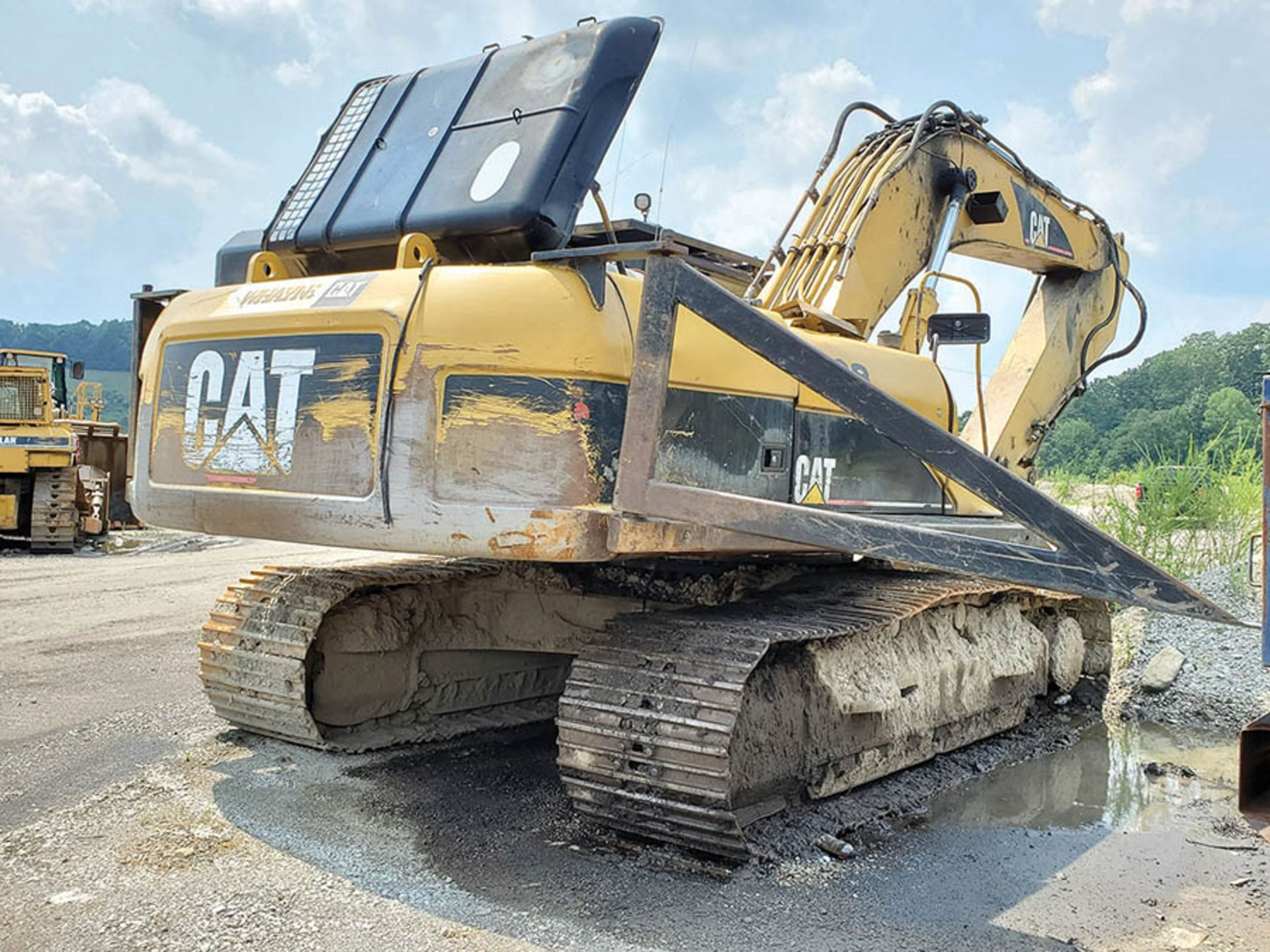 Lot 116 - CATERPILLAR 330D EXCAVATOR, S/N: CAT0330DLB6H00526, 20,294 HOURS SHOWING, CAT 6-CYLINDER DIESEL