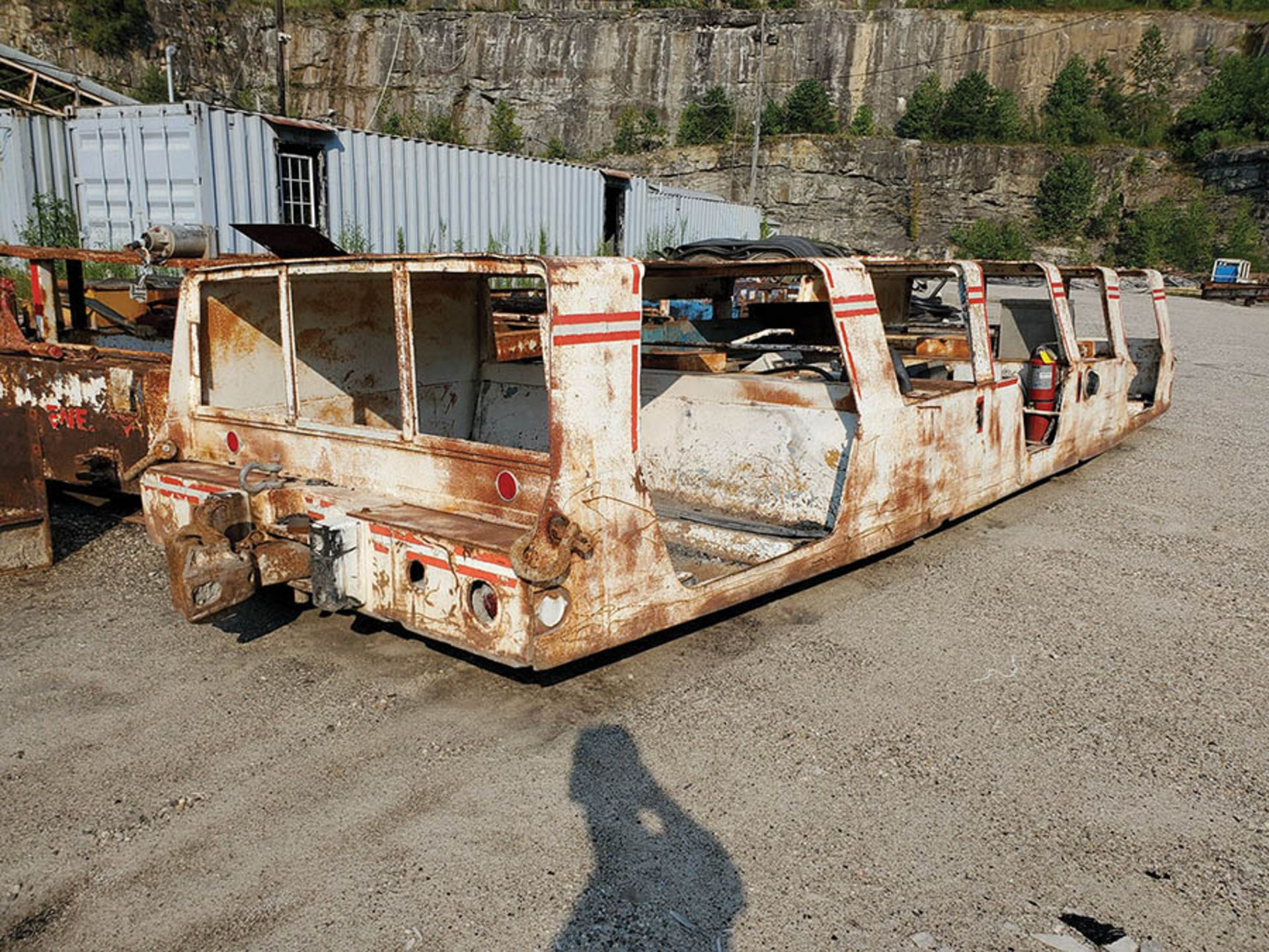 Lot 348 - WEST VIRGINIA MINING EQUIPMENT MAN BUS, S/N 700-0810, LOCATION: MATRIC DEEP MINE