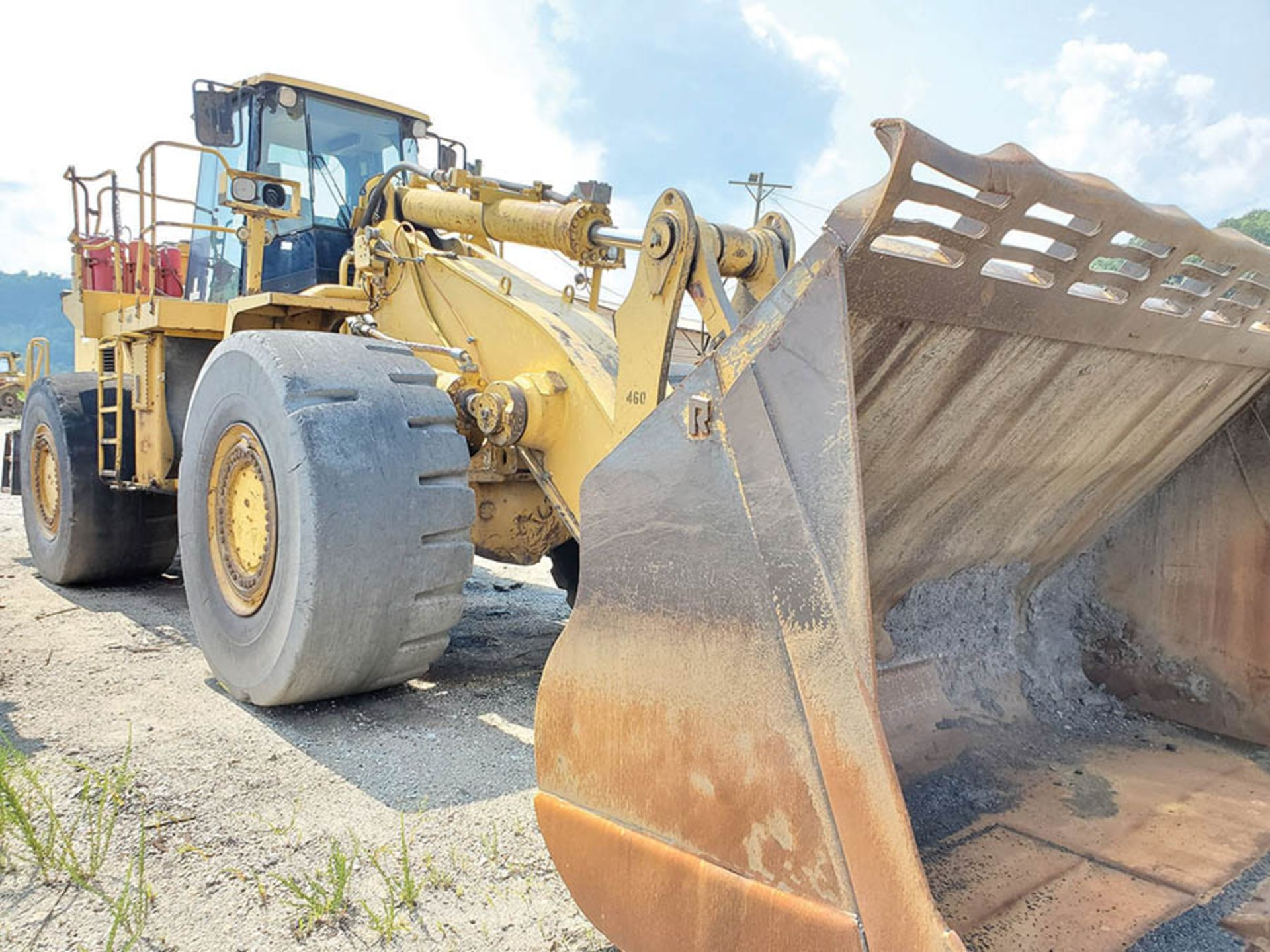 Lot 94 - CATERPILLAR 988G WHEEL LOADER, S/N: CAT0988GVBNH00460, HOURS UNKNOWN, CAT 6-CYLINDER TURBO DIESEL