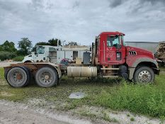 2008 MACK GU713 T/A DAY CAB TRACTOR, MAXITORQUE 18 SPEED TRANS., WET LINES MACK INLINE SIX DIESEL