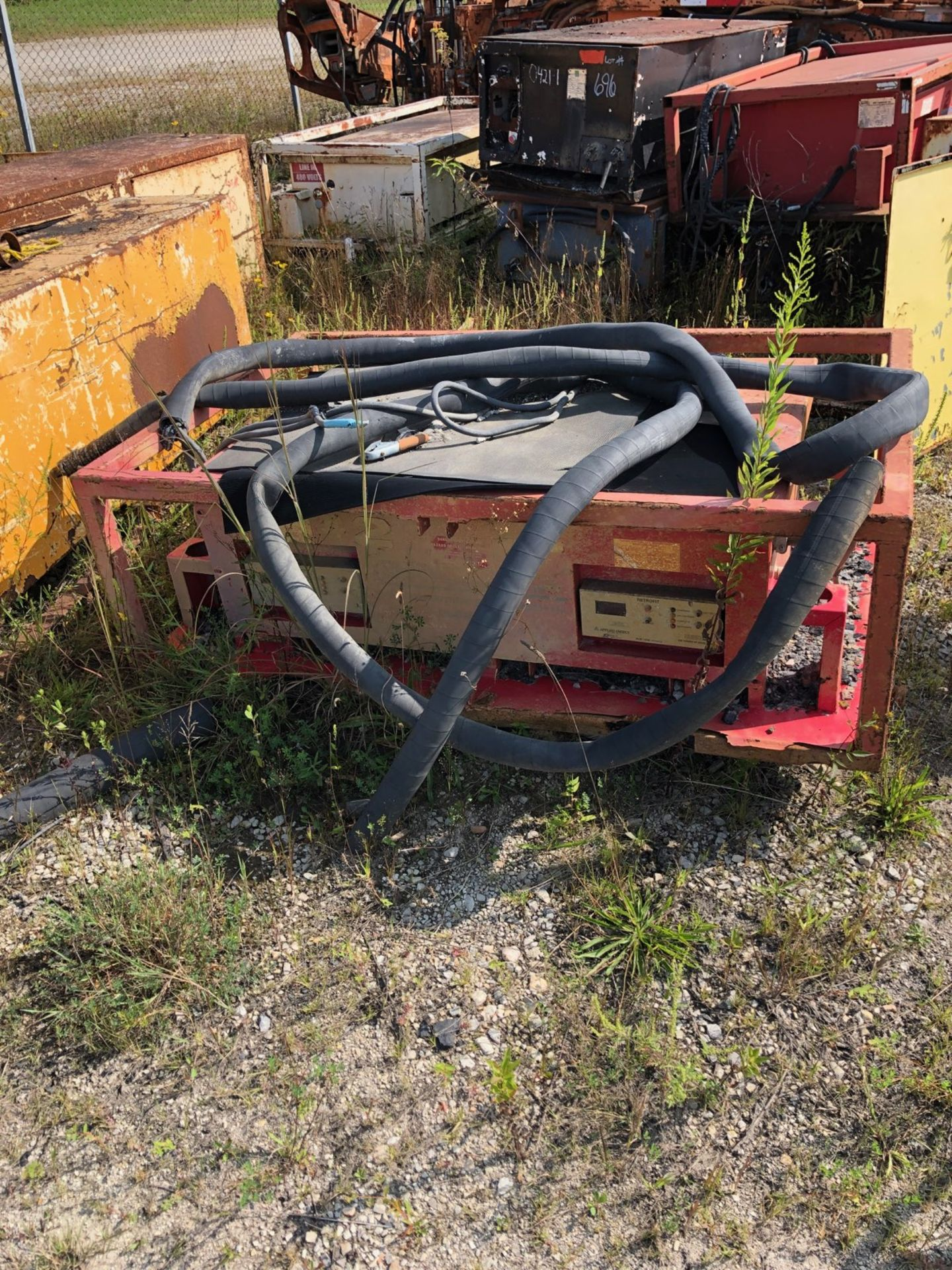 Lot 694 - APPLIED ENERGY MPSC CHARGER
