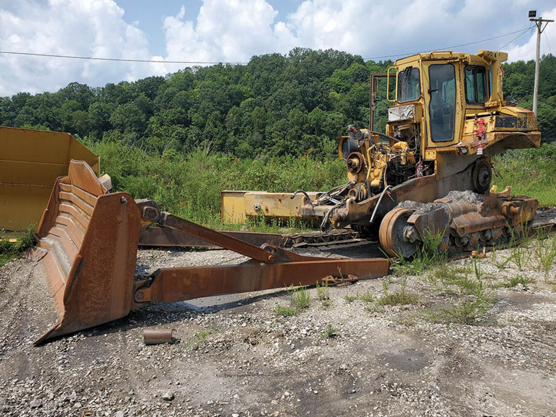 "Lot 115 - CATERPILLAR D8N SL SERIES II DOZER, S/N AAX00615, CAT C9 DIESEL ENGINE, HOURS UNKNOWN, 24"" WIDE"