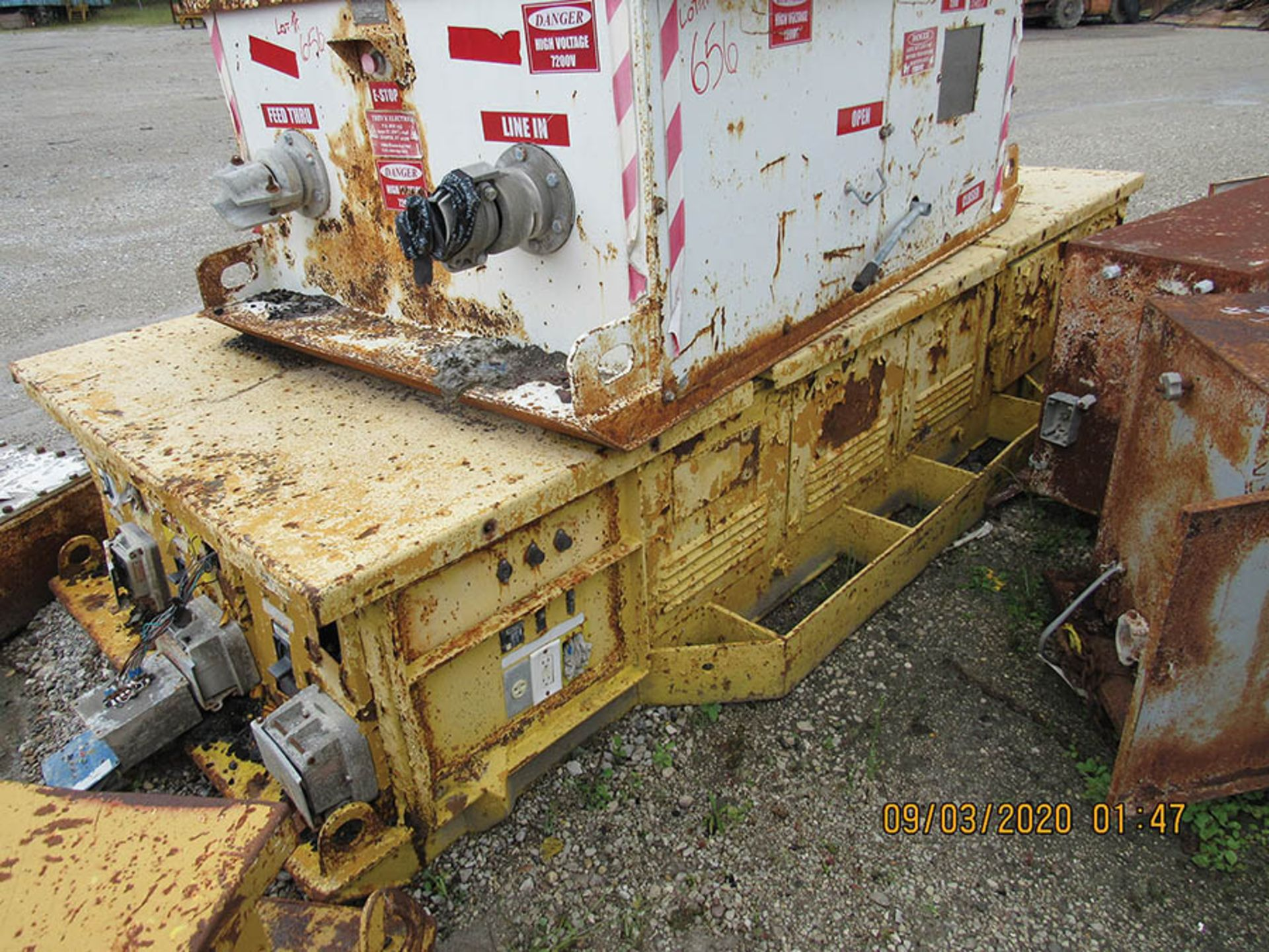 Lot 657 - POWER CENTER, INFORMATION N/A, 480 OUTPUT