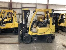 2014 HYSTER 6,000-LB., MODEL: S60FT, S/N: G187V02320M, LPG, LEVER SHIFT TRANSMISSION, SOLID TIRES,