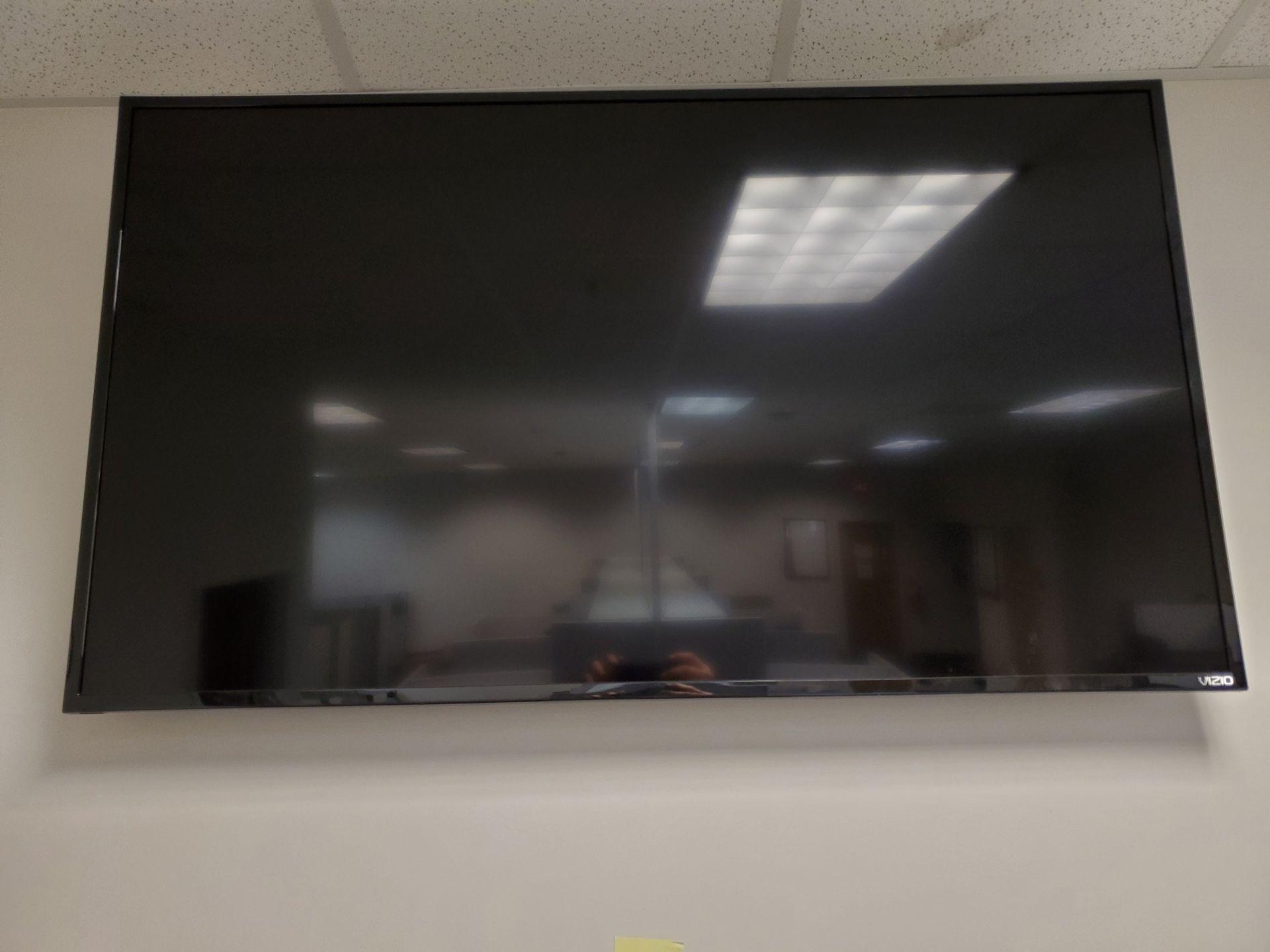 Lot 583 - 55'' TV