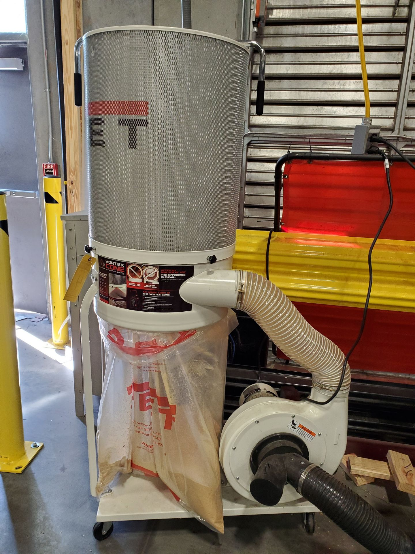 Lot 504 - JET VORTEX CONE PORTABLE DUST COLLECTOR, MODEL DC-1100VX, 1.5 HP, 115/230V, BOTTOM REPLACEABLE BAG,