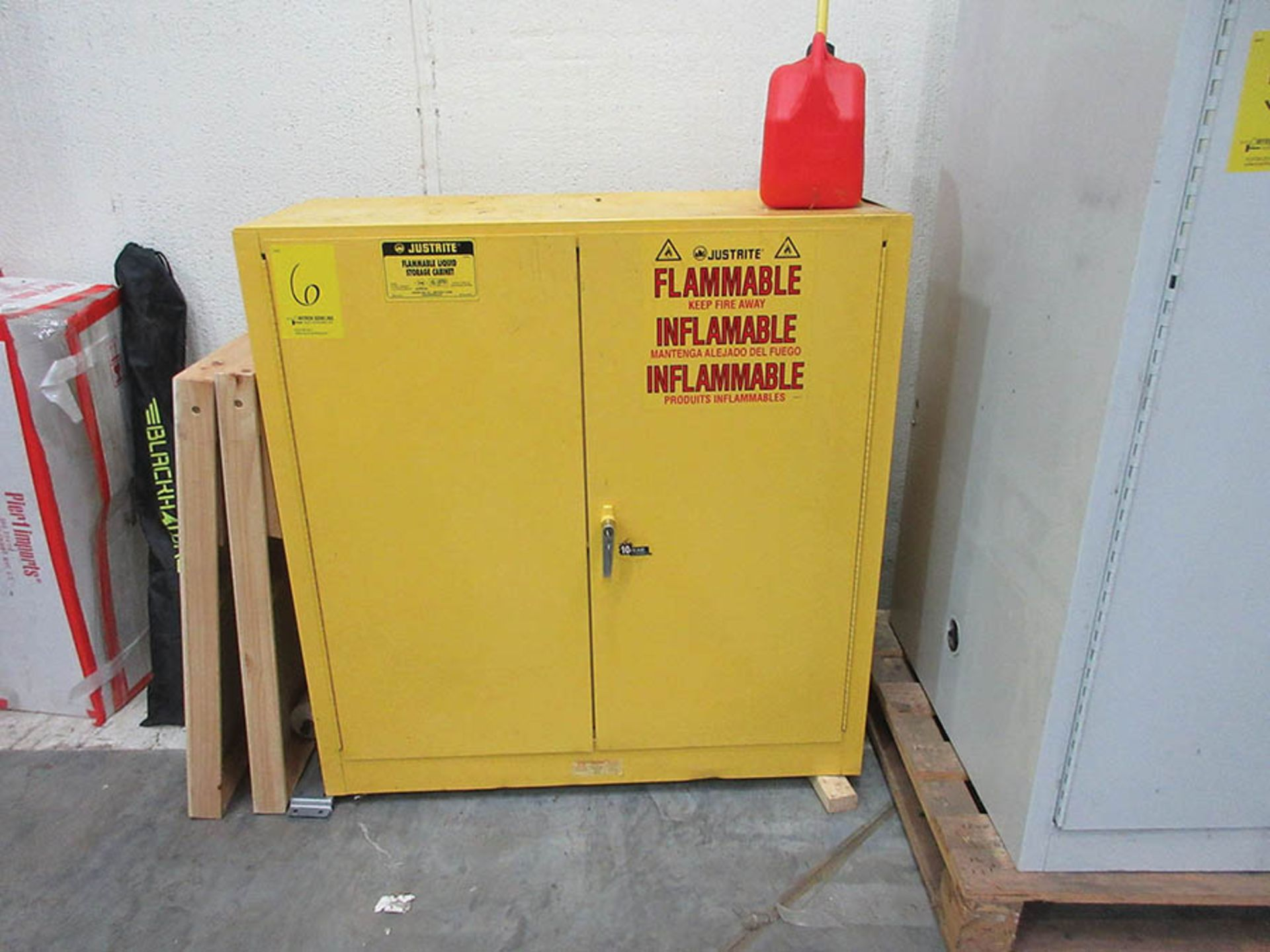 Lot 6 - JUSTRITE 30 GAL. FLAMMABLE LIQUID STORAGE CABINET W/ CONTENT