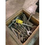 ASSORTED HEAVY DUTY COMBINATION WRENCHES