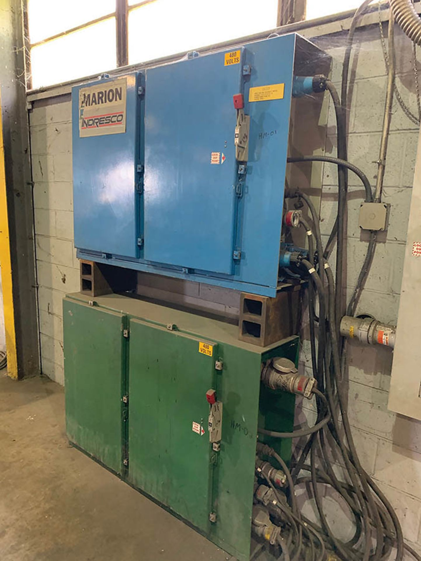 REEVES SPECIAL BUILT BORING MILL, 480V WITH (2) ELECTRIC CONTROL MODULES - Image 2 of 2
