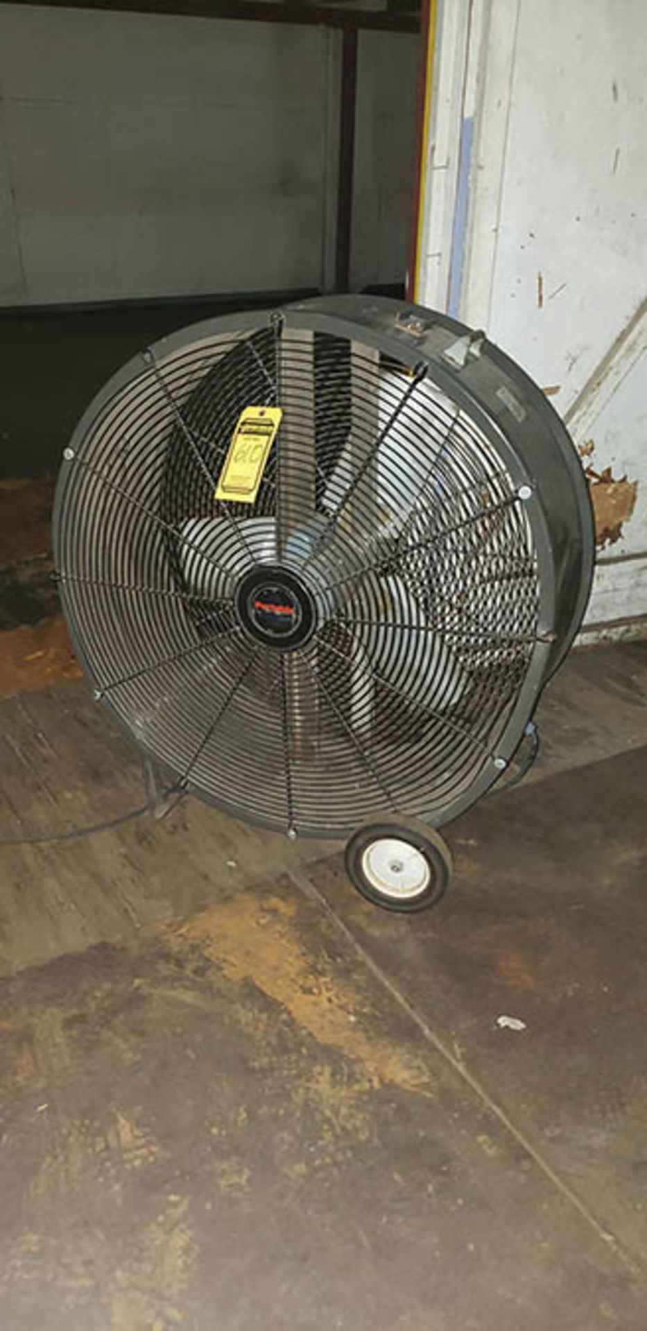 (6) PORTABLE COOLER 36'' FANS - Image 3 of 3