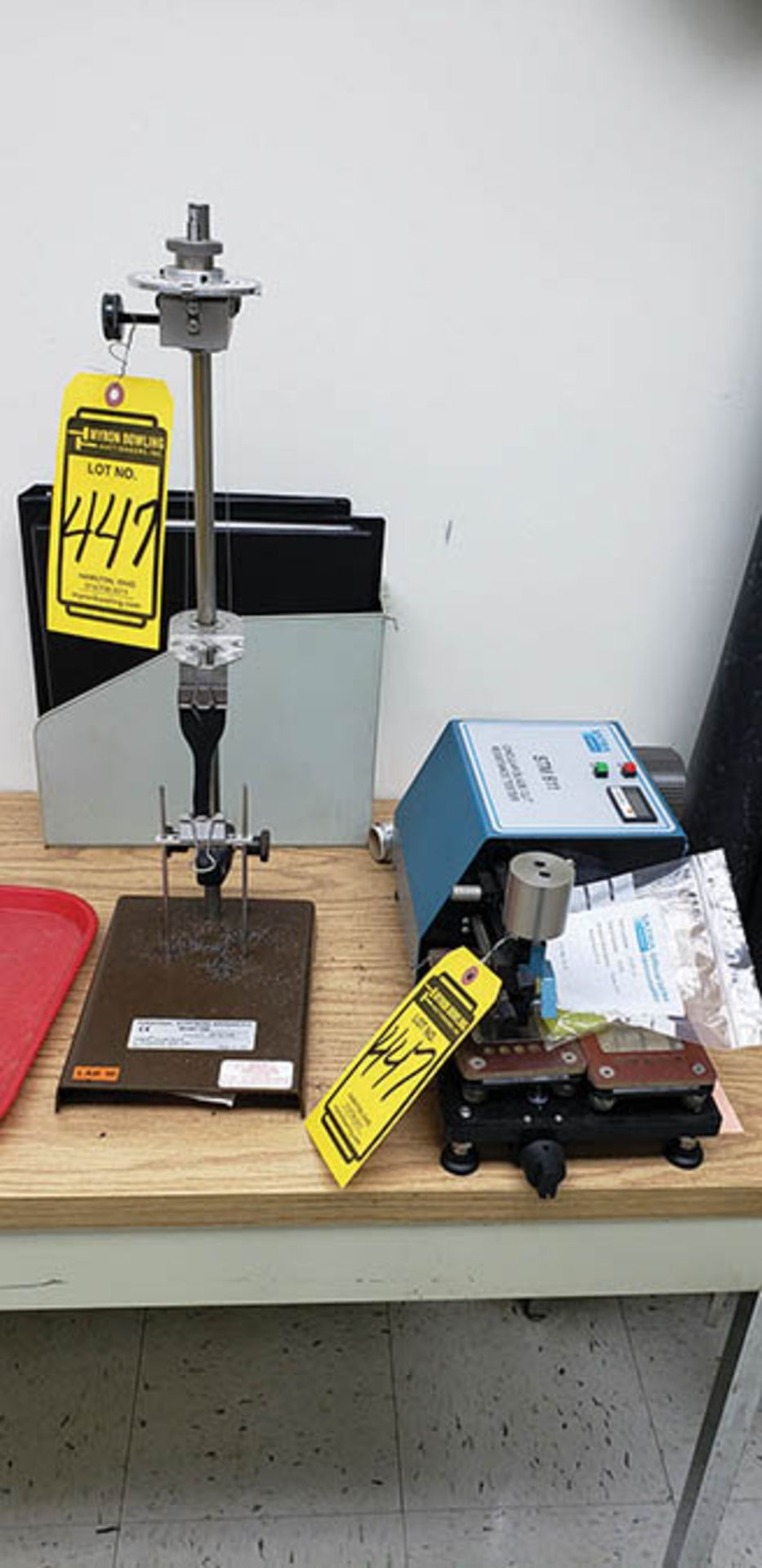 WWR MAGNETIC STIRRER, SATRA CIRCULAR BLADE CUT RESISTANCE TESTER, STM 611 W/ CART, TABLE & CONTENT - Image 3 of 3