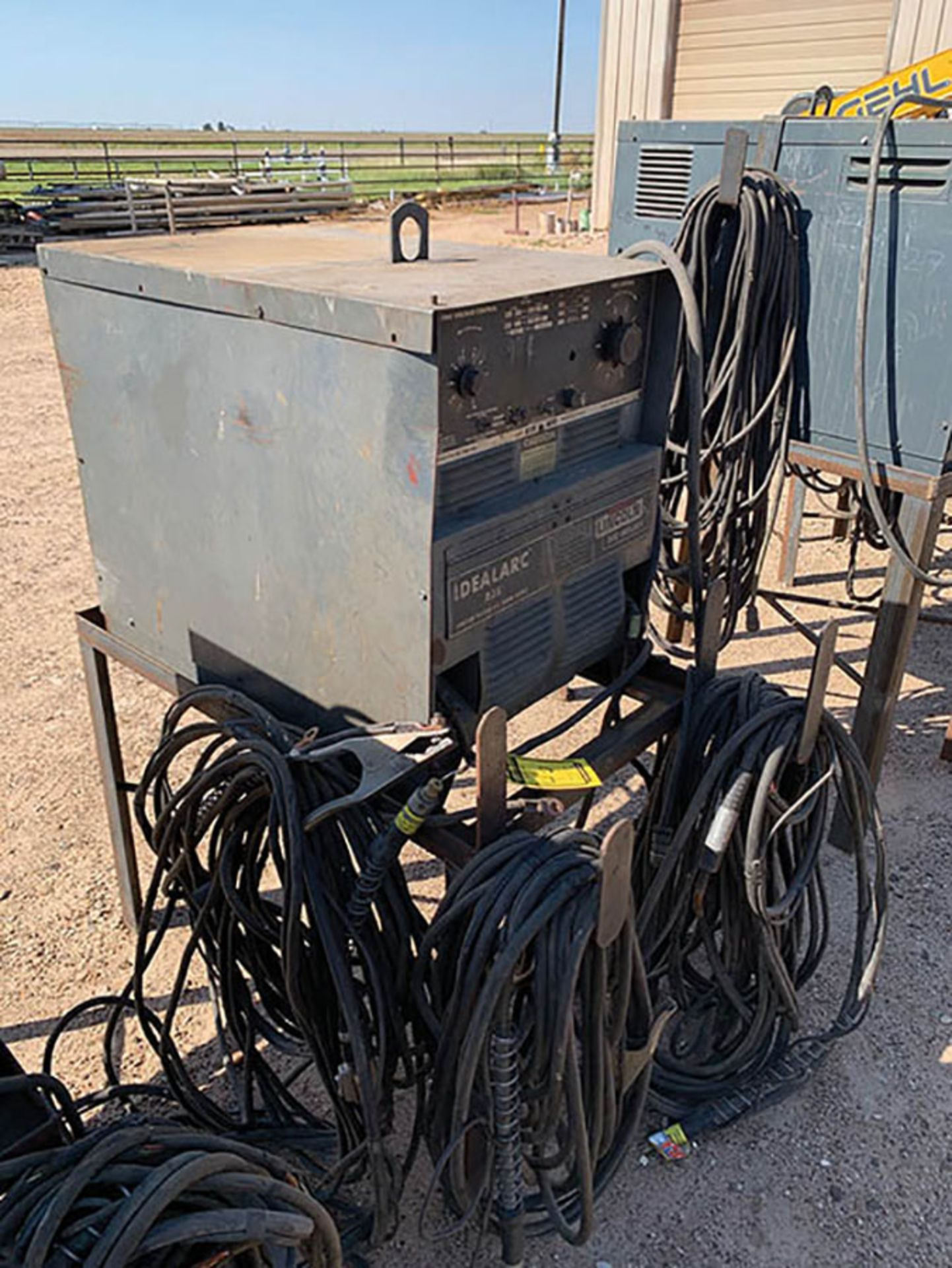 LINCOLN R3S 400 WELDING POWER SOURCE, S/N AC448695
