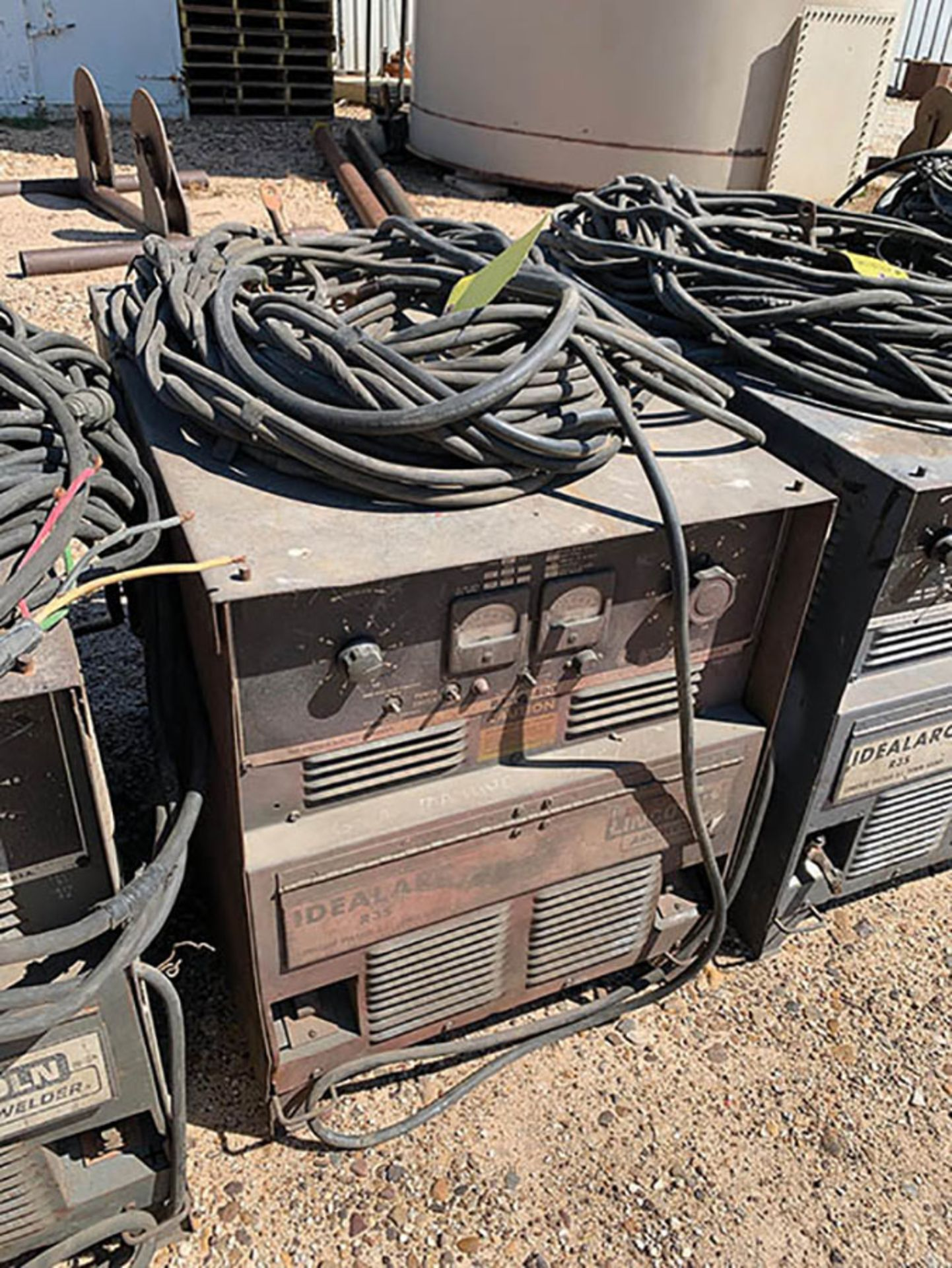 LINCOLN R3S WELDING POWER SOURCE, S/N AC430148