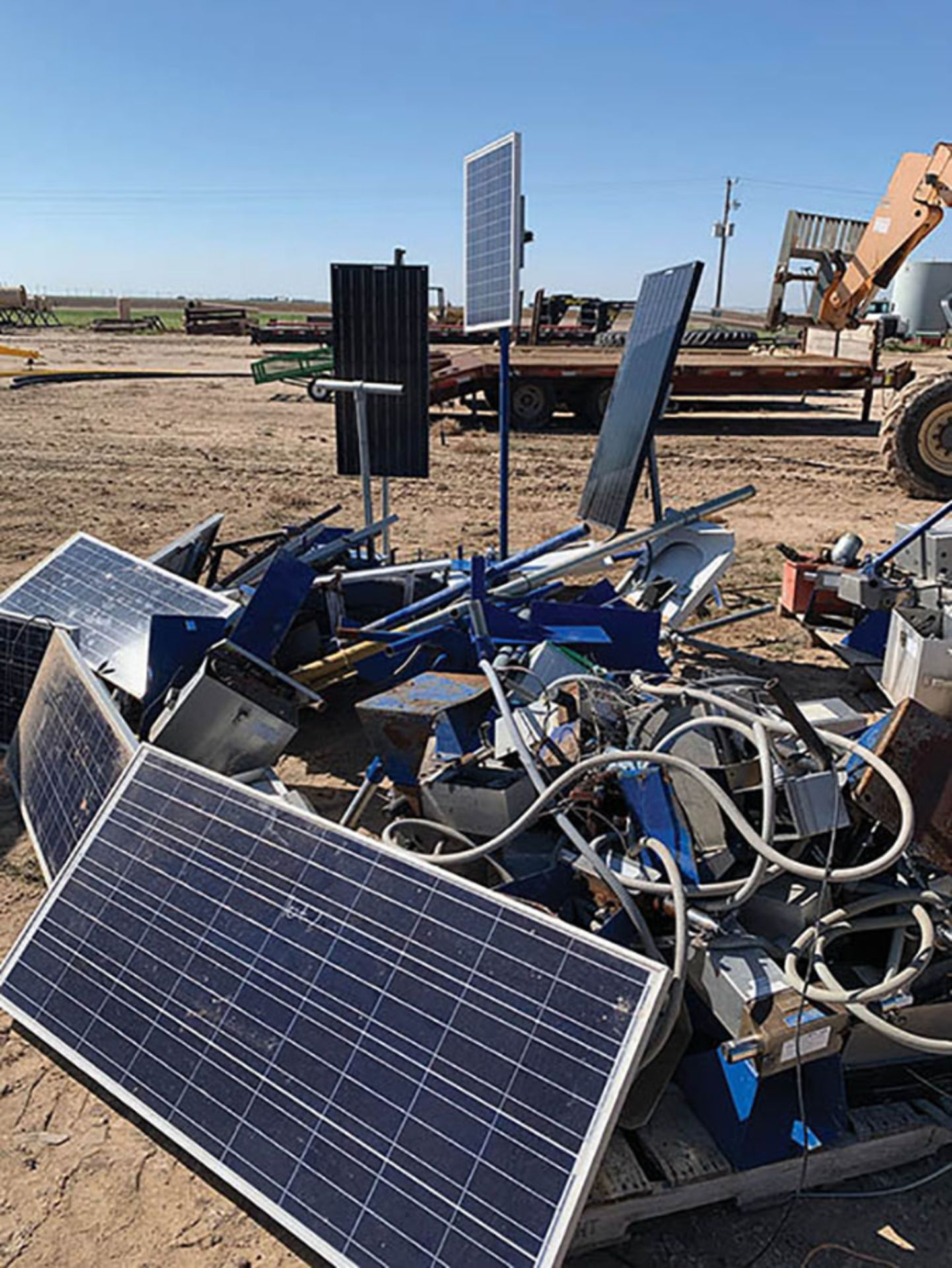 ASSORTED SOLAR PANEL PARTS AND ACCESSORIES - Image 2 of 2