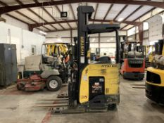 "*LOCATED IN OHIO* 2015 HYSTER 3,500-LB. CAPACITY REACH TRUCK, MOD NR35, 111"" LOWER/251'' LIFT HEIGHT"