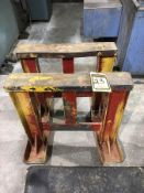 PAIR OF SHOP STANDS