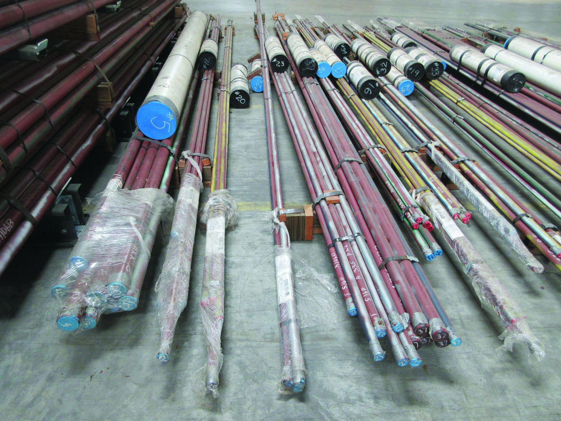 CANTILEVER RACK W/CONTENT: 120'' X 48'' X 202'', BUNDLES OF PIPE; 3/4'', 1'', 1 1/2'', 2'', MOST - Image 6 of 17