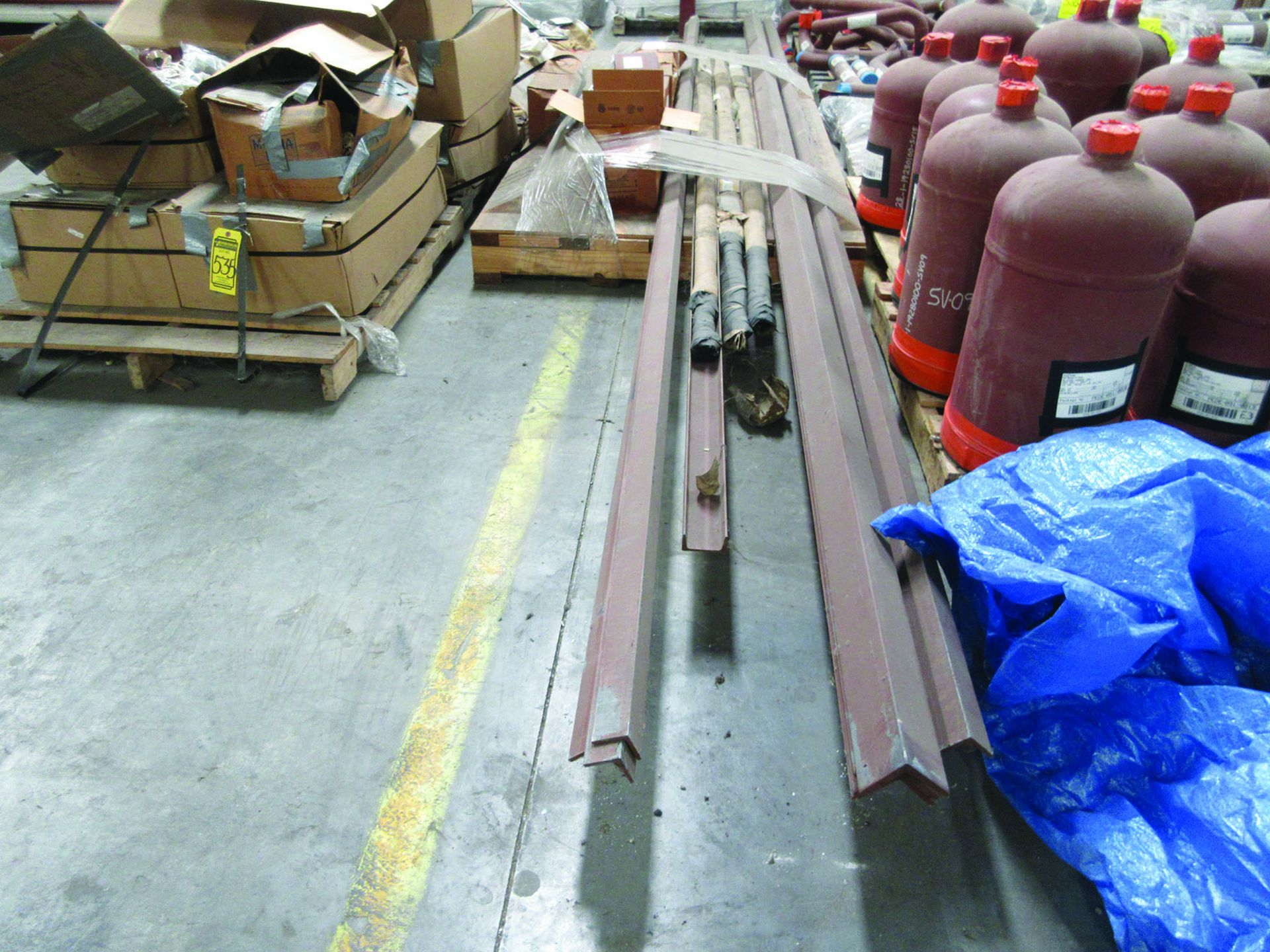 CANTILEVER RACK W/CONTENT: 120'' X 48'' X 202'', BUNDLES OF PIPE; 3/4'', 1'', 1 1/2'', 2'', MOST - Image 14 of 17