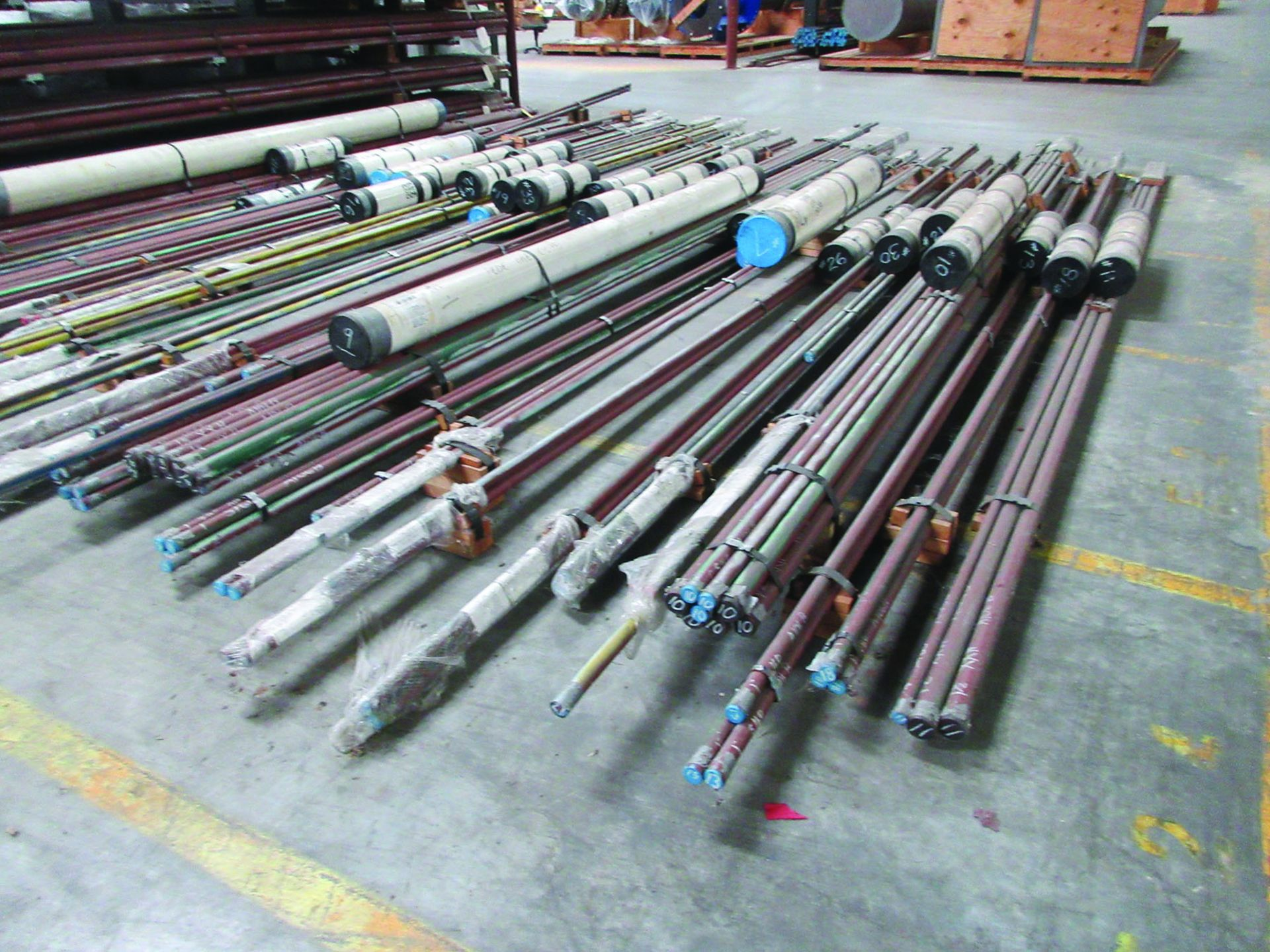 CANTILEVER RACK W/CONTENT: 120'' X 48'' X 202'', BUNDLES OF PIPE; 3/4'', 1'', 1 1/2'', 2'', MOST - Image 8 of 17