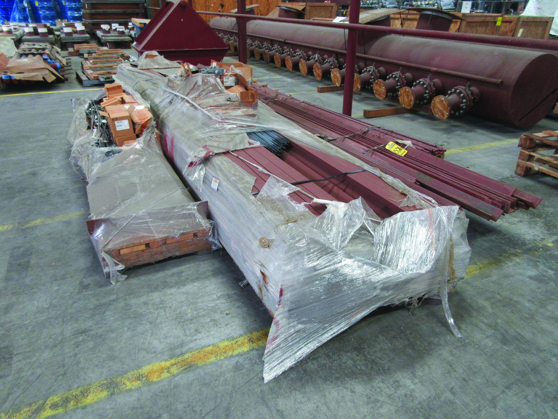 (6) SOLE PLATES, 6,685 LBS. EACH, OTHER ASSORTED SOLE PLATES, 4'' ASSORTED BUNDLE OF PIPE, ANGLE - Image 11 of 14