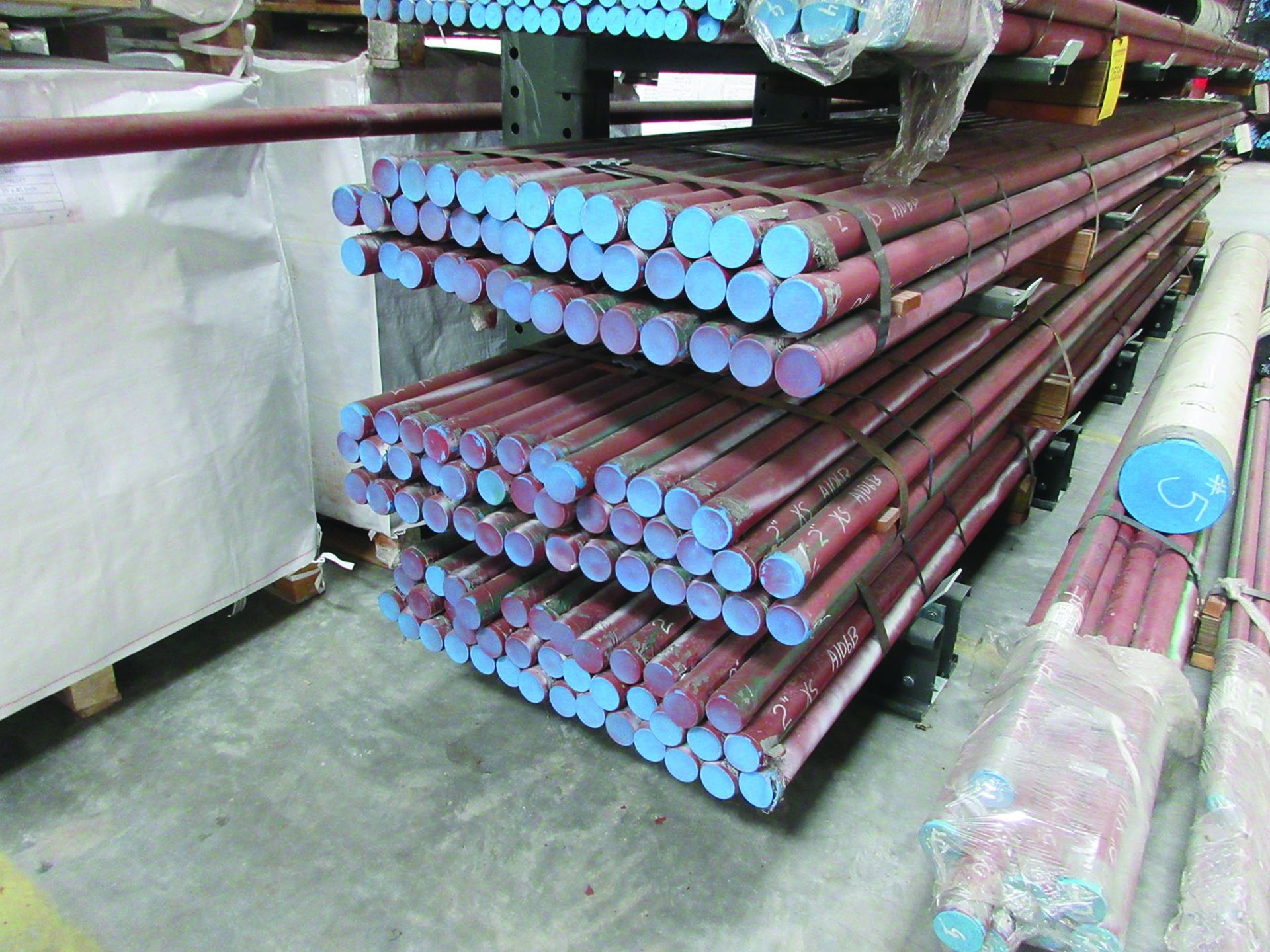 CANTILEVER RACK W/CONTENT: 120'' X 48'' X 202'', BUNDLES OF PIPE; 3/4'', 1'', 1 1/2'', 2'', MOST - Image 3 of 17