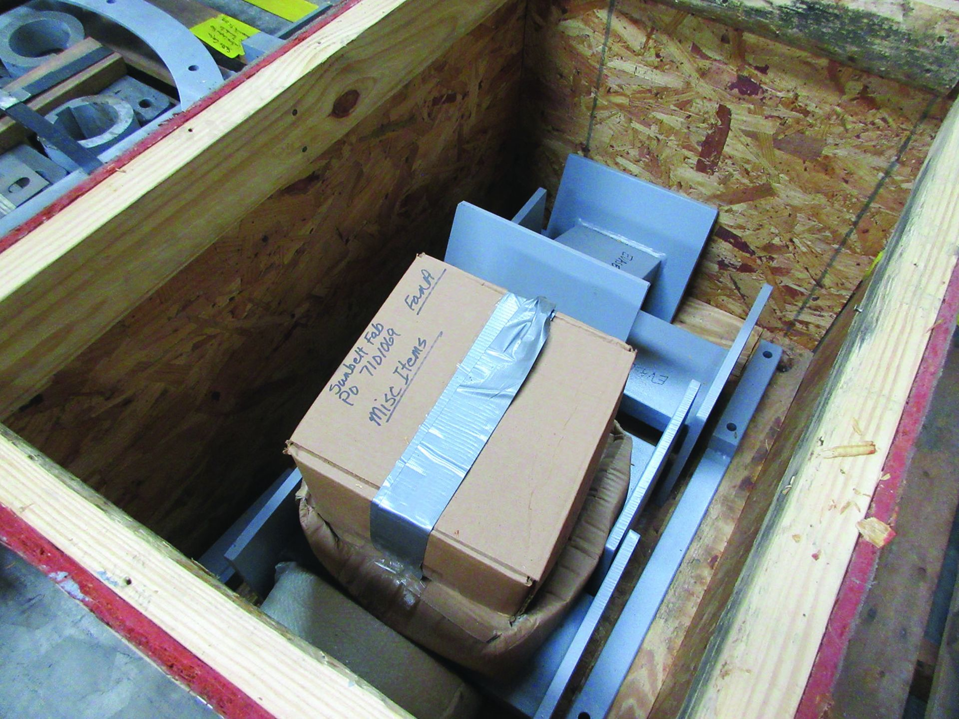 LOT OF ASSORTED PARTS: BARSETS, SHAFT COUPLINGS, COUPLING GUARDS, AND MORE, GRID A7 - Image 15 of 16