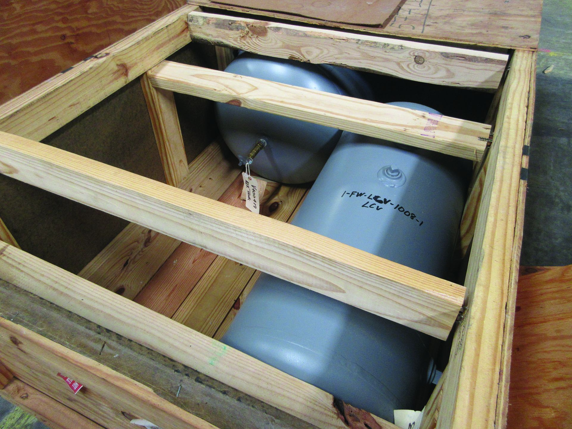 (10) CRATES CONTAINING: (4) 6'' VALVE ASSEMBLIES, (1) 3'' VALVE ASSEMBLY, (1) 8'' VALVE ASSEMBLY, ( - Image 6 of 16