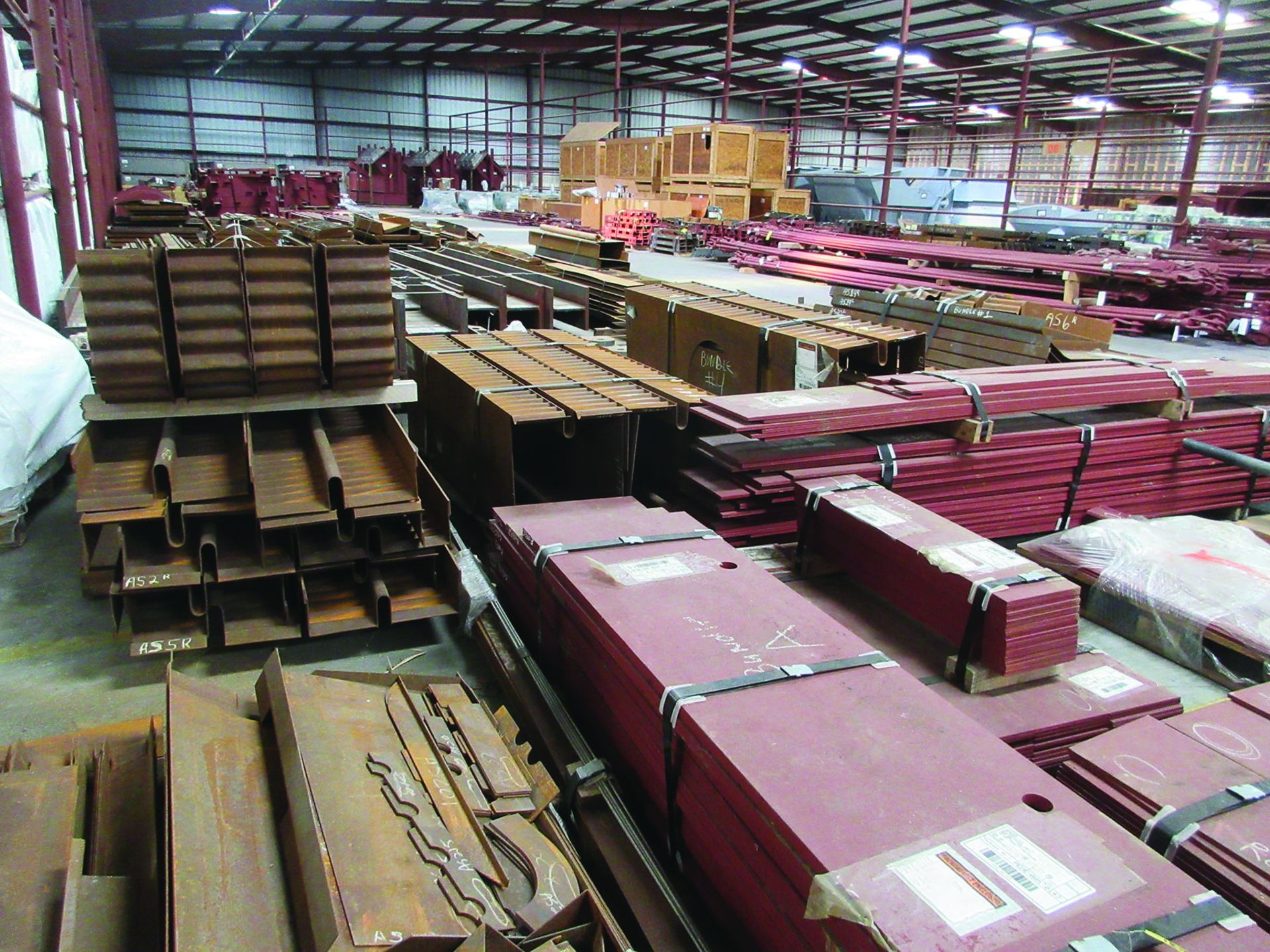 LARGE LOT OF STRUCTURAL STEEL & SPRING CANS, ANGLE IRON, PLATE BRACKETS, BRACING, GRID C5 - Image 19 of 21