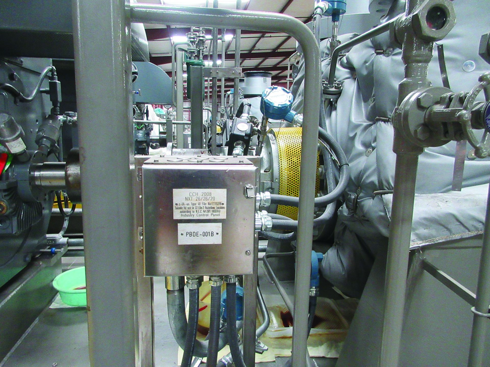 BOILER FEEDWATER BOOSTER PUMP SLED, GE 3,000 HP INDUCTION MOTOR 3585 RPM, 6600 VOLTS, 8313S FRAME, - Image 6 of 11