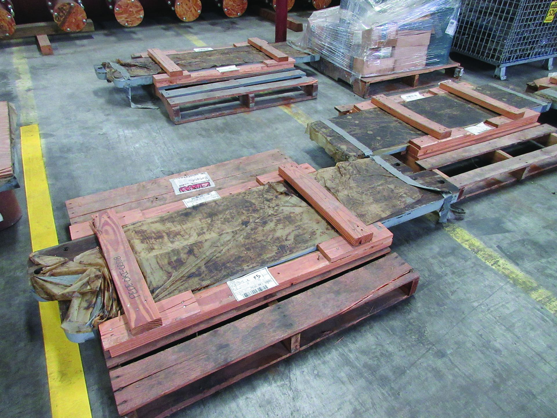(6) SOLE PLATES, 6,685 LBS. EACH, OTHER ASSORTED SOLE PLATES, 4'' ASSORTED BUNDLE OF PIPE, ANGLE - Image 5 of 14